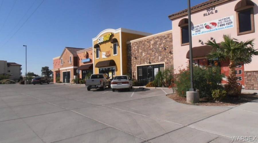 1047 HWY 95 Suite B-1 Highway, Bullhead, Arizona 86429, ,Commercial,Excl Right To Lease,HWY 95 Suite B-1,968719