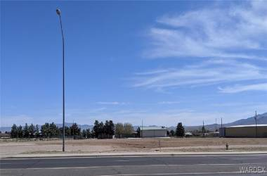 4200-4220 Stockton Hill Road, Kingman, Arizona 86409, ,Commercial,Excl Right To Sell,Stockton Hill,952587