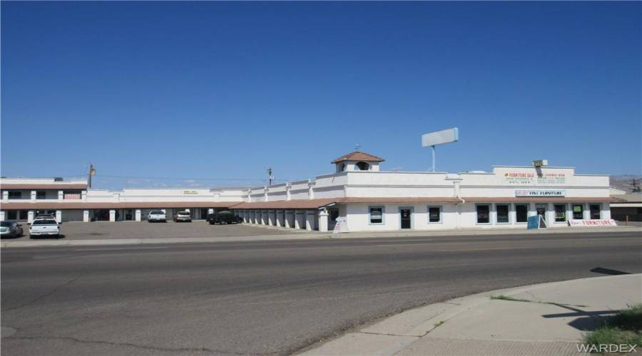 2135 Highway 95, Bullhead, Arizona 86442, ,Commercial,Excl Right To Lease,Highway 95,924476