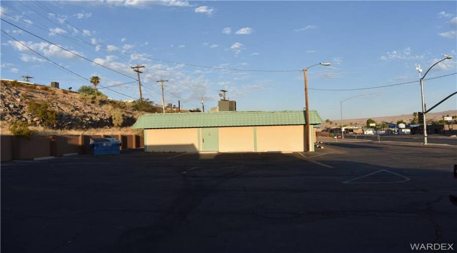 1890 Highway 95, Bullhead, Arizona 86442, ,Commercial,Excl Right To Sell,Highway 95,970709